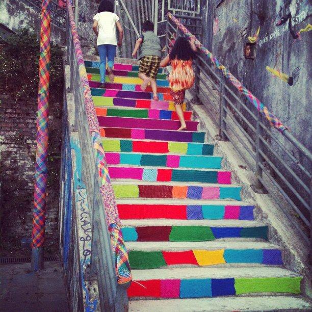 Urban Knitting Graffiti : Urban knitting c l i k m y o